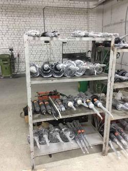 Склад рулевых колонок, реек, редукторов, насосов, амортизаторов, рулевых тяг и наконечников, шаровых опор, тормозных суппортов.