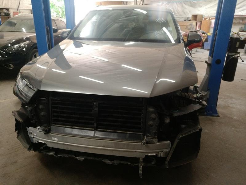 Внешний осмотр Audi Q7