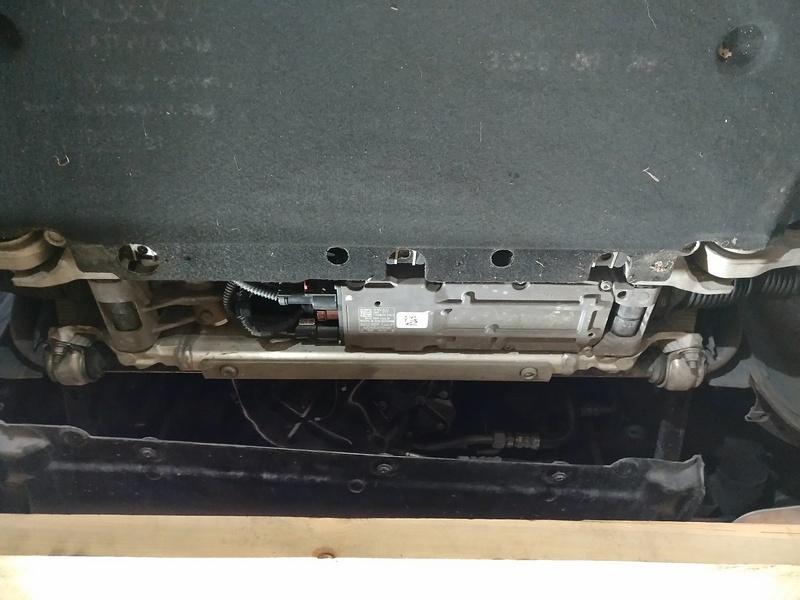 Маркировка рулевой рейки AUDI A4 (B8) 2015