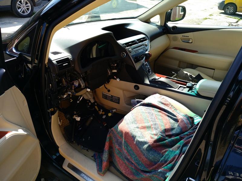 Снятие рулевой электро колонки LEXUS RX 350 2011