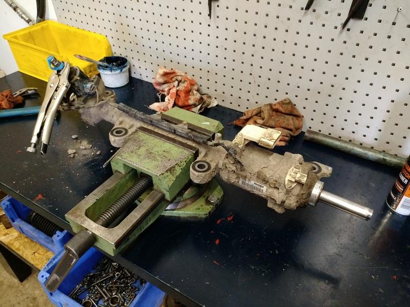 Ремонт рулевой рейки HONDA Accord 8 (CU) 2009. В процессе