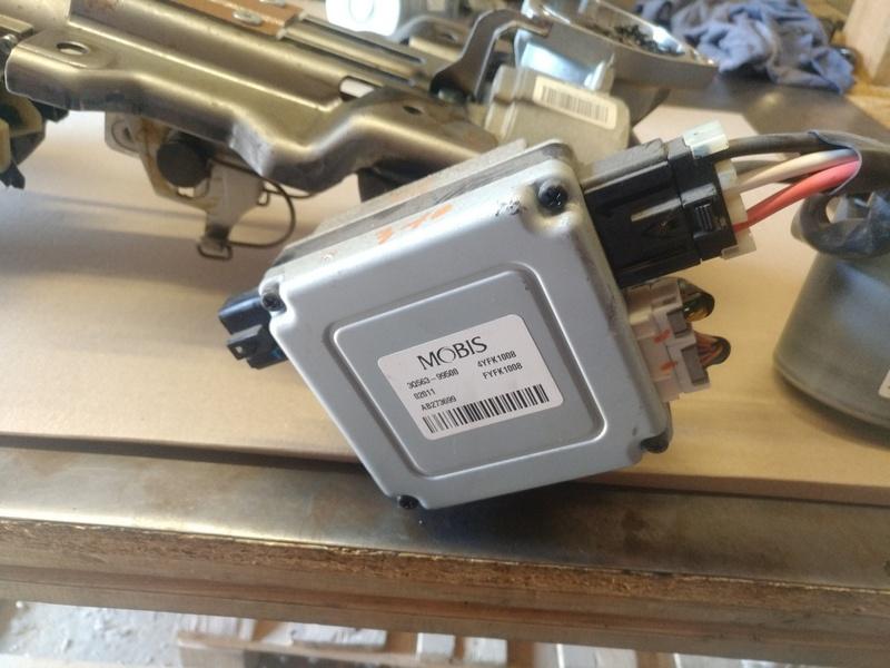 Блок управления рулевой электро колонки ЭУР HYUNDAI SONATA 10 (YF) 2.4б 2011. OE 56300-3Q200, 3Q56300200, 3Q563-99500