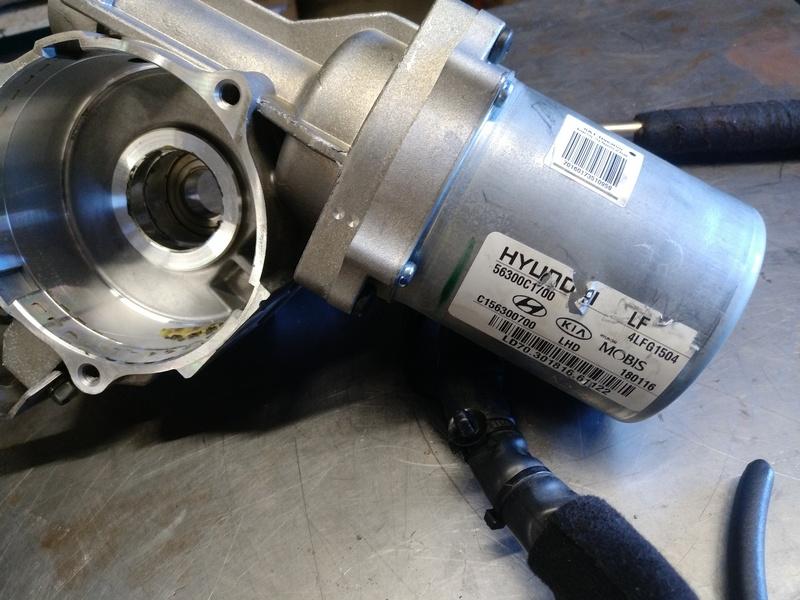 Электромотор рулевой электро колонки ЭУР HYUNDAI SONATA (TF) 2.0б 2016. OE 56300-C1700, C1563-99500, C156300700