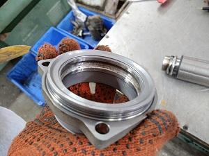 Электро рейка Ауди AUDI в ремонте - износ по наружной обойме опорного подшипника ротора